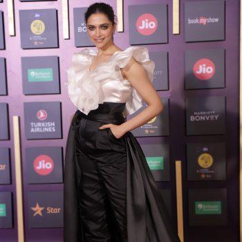 deepika-padukone-in-gauri-nainika-2019-jio-mami-mumbai-film-festival