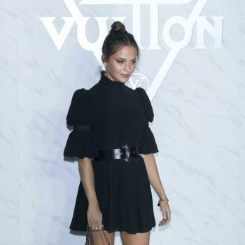 alicia-vikander-in-lbd-louis-vuittons-cruise-2020-seoul-spin-off-show