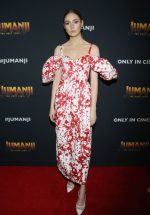 Karen Gillan In  Rosie Assoulin @ The 'Jumanji: The Next Level' Mexico Cast Photocall