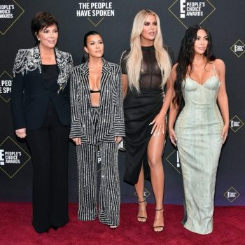 kim-kardashian-west-kris-jenner-khloe-kardashian-kourtney-kardashian-2019-peoples-choice-awards