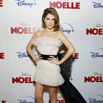 anna-kendrick-in-august-getty-atelier-disneys-noelle-new-york-screening
