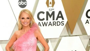 kristin-chenoweth-in-christian-siriano-2019-cma-awards