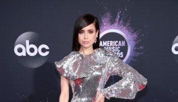 sofia-carson-in-maison-francesco-scognamiglio-2019-american-music-awards