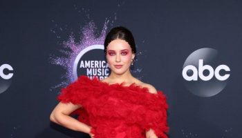 katherine-langford-in-rodarte-2019-american-music-awards