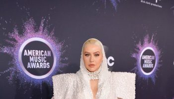 christina-aguilera-in-jean-paul-gaultier-2019-american-music-awards