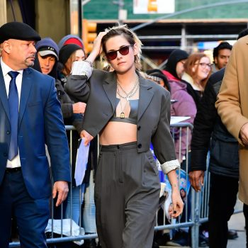 kristen-stewart-in-acne-studios-suit-good-morning-america