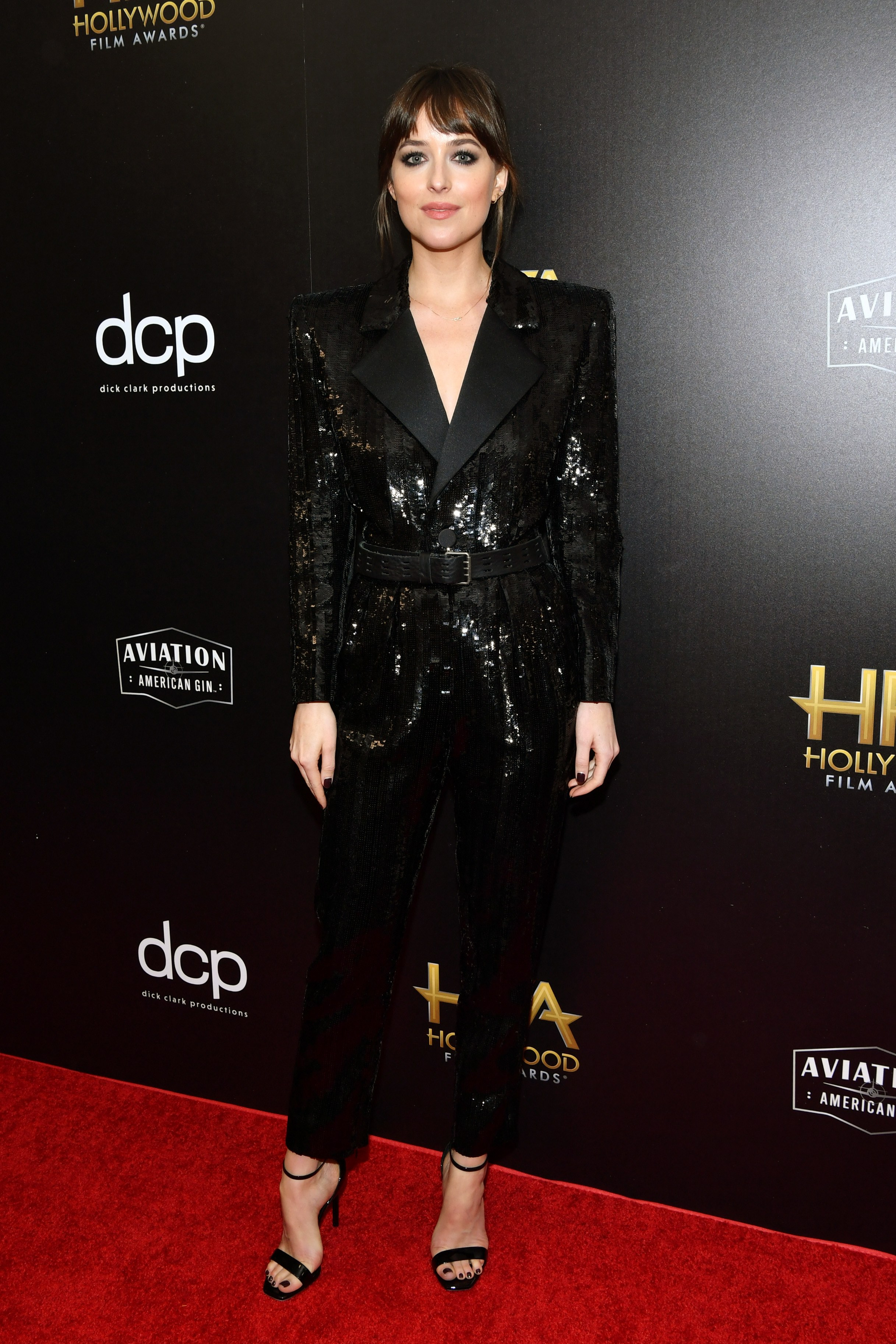 dakota-johnson-in-saint-laurent-the-2019-hollywood-film-awards