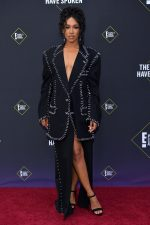 Candice Patton  In  Gypsy Sport @ 2019 People's Choice Awards