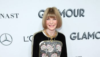 anna-wintour-in-chanel-2019-glamour-women-of-the-year-awards