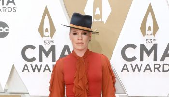 pink-in-domani-by-zeena-zaki-2019-cma-awards