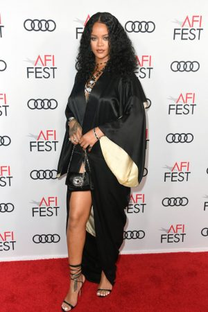 rihanna-in-vintage-john-galliano-the-queen-silm-premiere-at-afi-fest-2019