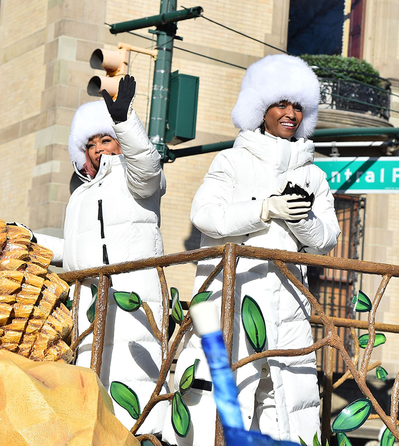 t-boz-and-chili-of-tlc-performs-2019-macys-thanksgiving-day-parade