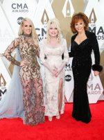 Carrie Underwood, Dolly  Parton, &  Reba McEntire @  2019 CMA Awards