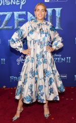 "Busy Philipps  In Marc Jacobs @   ""Frozen 2"" LA Premiere"