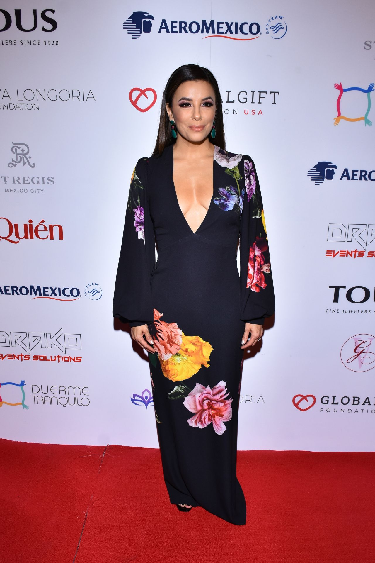 eva-longoria-in-monique-lhuillier-2019-global-gift-foundation-in-mexico-city