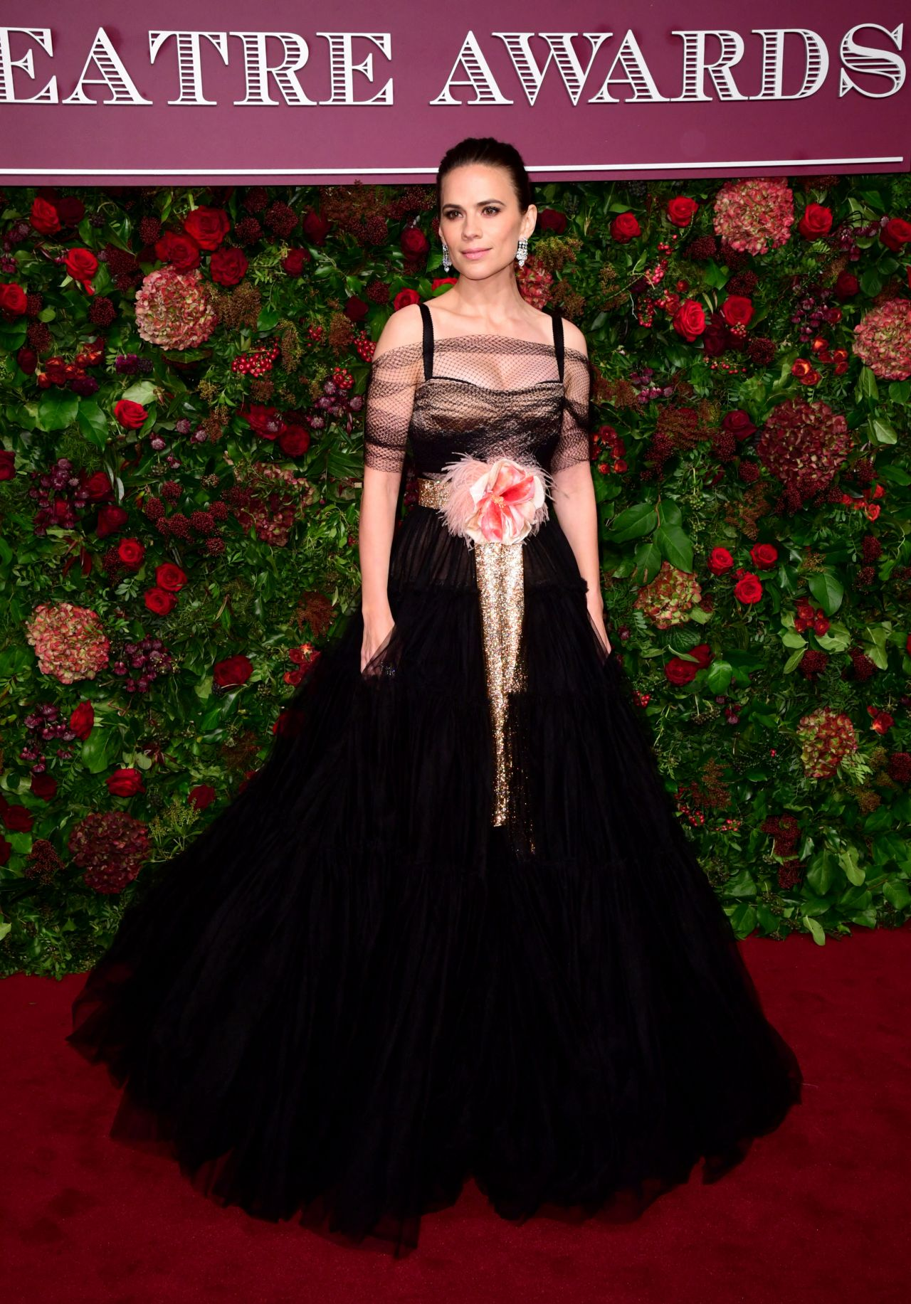 hayley-atwell-in-dolce-gabbana-evening-standard-theatre-awards-2019-in-london