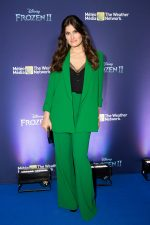 Idina Menzel In Alice + Olivia Suit   @ Frozen 2' Fan Event