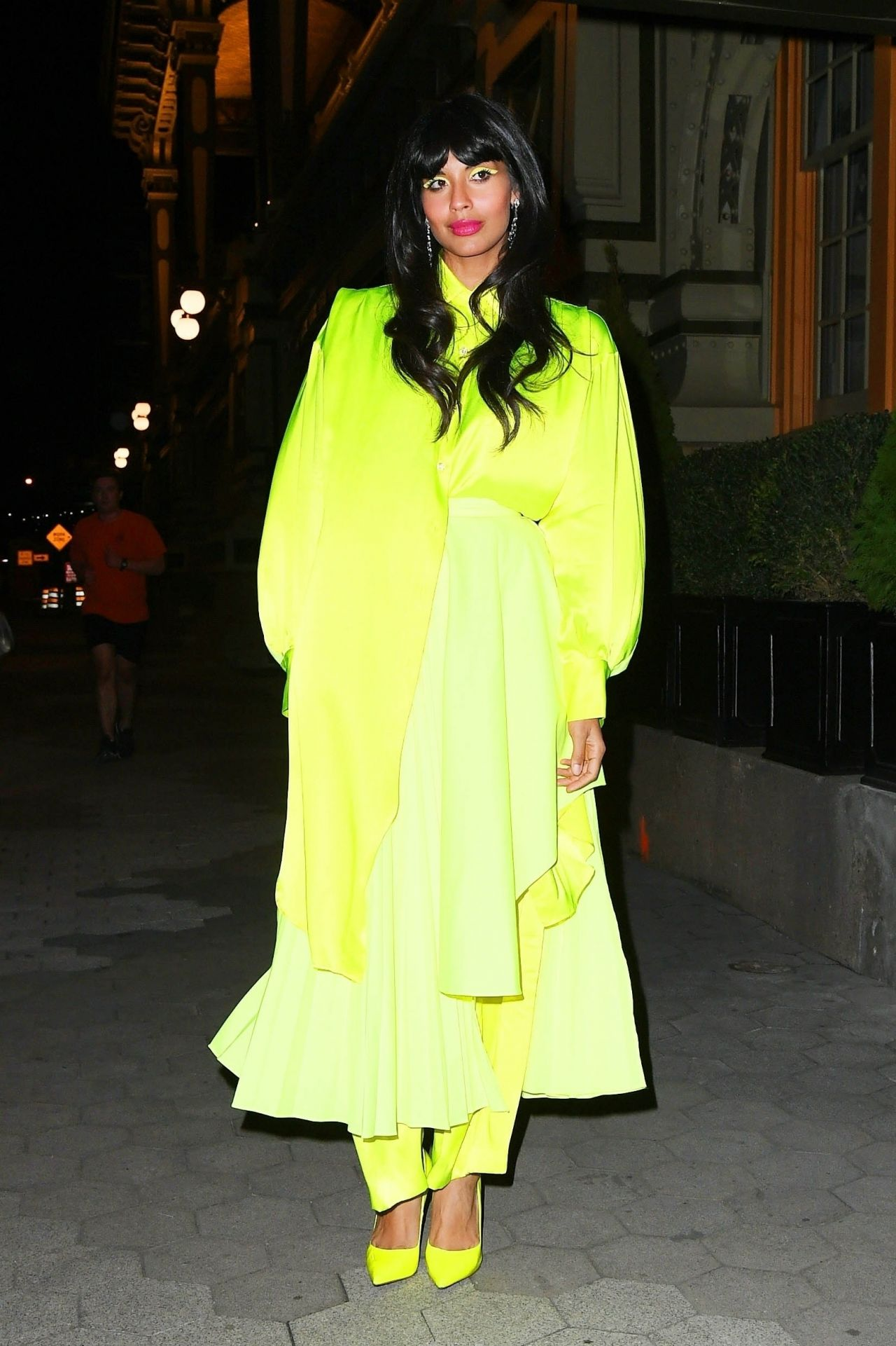jameela-jamil-in-christopher-john-rogers-2019-cfda-and-vogue-fashion-fund-awards