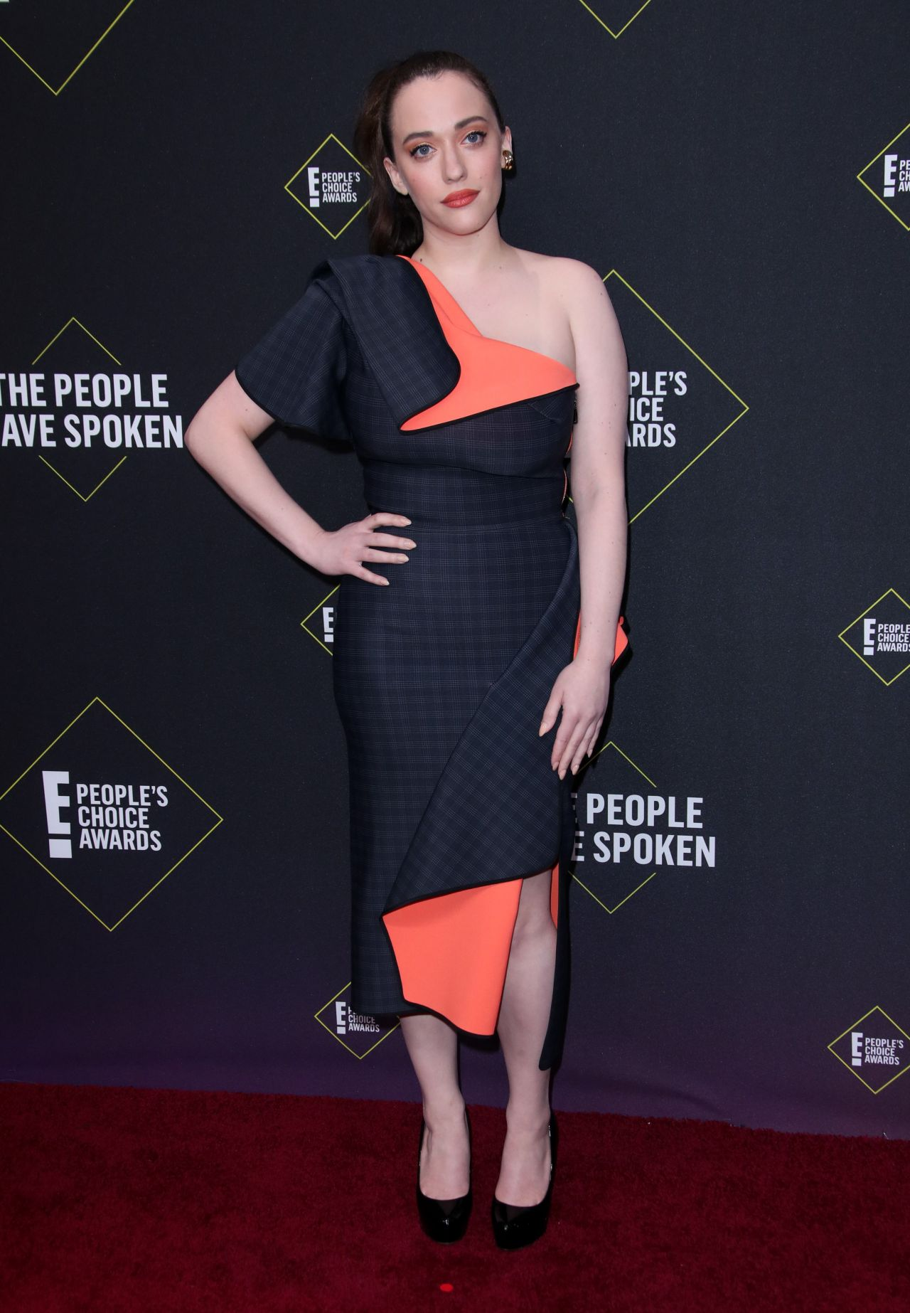 kat-dennings-in-maticevski-2019-peoples-choice-awards