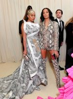 La La Anthony & Solange Knowles  @  2019 Met Gala