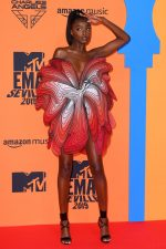 Leomie Anderson  In Iris Van  Herpen @  The 2019 MTV EMAs