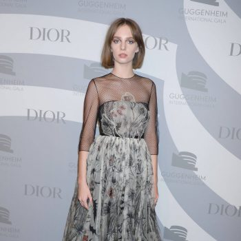 maya-hawke-in-christian-dior-2019-guggenheim-international-gala-in-ny