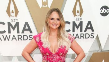 miranda-lambert-in-tony-ward-2019-cma-awards