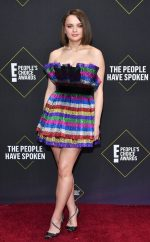 Joey King  In  The Attico @  2019 People's Choice Awards