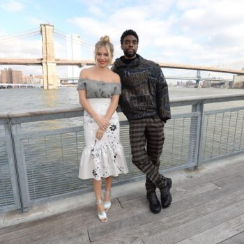 sienna-miller-in-miu-miu-21-bridges-new-york-photocall