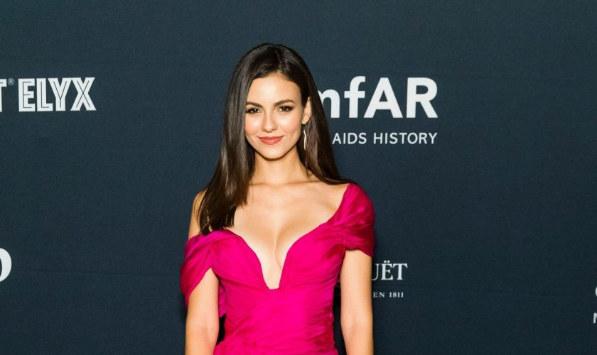 victoria-justice-in-nedo-by-nedret-taciroglu-amfar-charity-poker-tournament-and-game-night