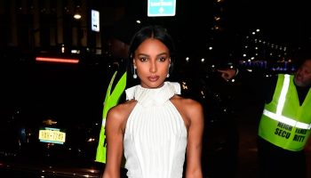 jasmine-tookes-in-azzi-osta-2019-cfda-and-vogue-fashion-fund-awards