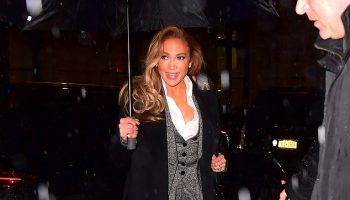 jennifer-lopez-in-dolce-gabbana-suit-hustlers-new-york-screening