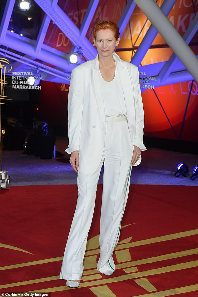 tilda-swinton-in-haider-ackermann-suit-2019-marrakech-film-festival-closing