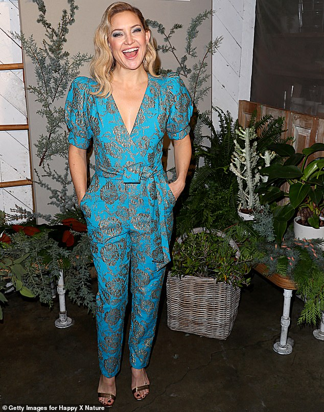 kate-hudson-celebrates-her-happyxnature-eco-evening-collection