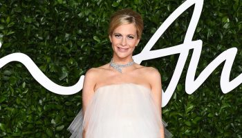 poppy-delevingne-in-oscar-de-la-renta-2019-british-fashion-council-awards