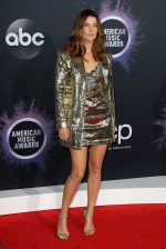 Cobie Smulders In  Dundas @ 2019 American Music Awards