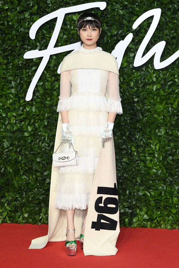 li-yuchun-in-gucci-2019-british-fashion-awards-in-london