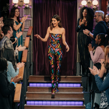 kendall-jenner-in-vintage-salvatore-ferragamo-the-late-late-show-with-james-corden