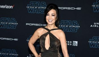 ming-na-wen-in-jovani-star-wars-the-rise-of-skywalker-la-premiere