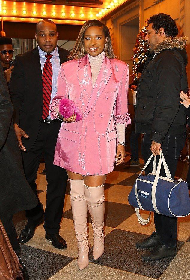 jennifer-hudson-in-pink-blazer-dress-cats-promo-in-new-york