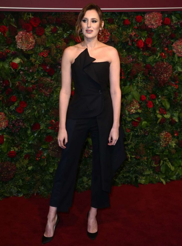 laura-carmichael-in-monse-2019-evening-standard-theatre-awards