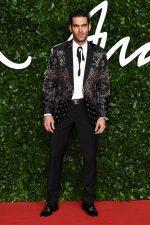 Jon Kortajarena  In Etro  @ 2019 British  Fashion Awards