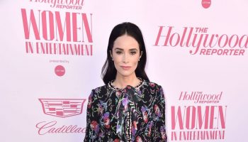 abigail-spencer-in-chanel-2019-the-hollywood-reporter-women-in-entertainment-breakfast-gala