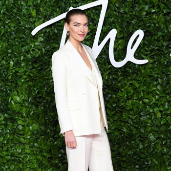 arizona-muse-in-the-deck-suit-2019-british-fashion-council-awards