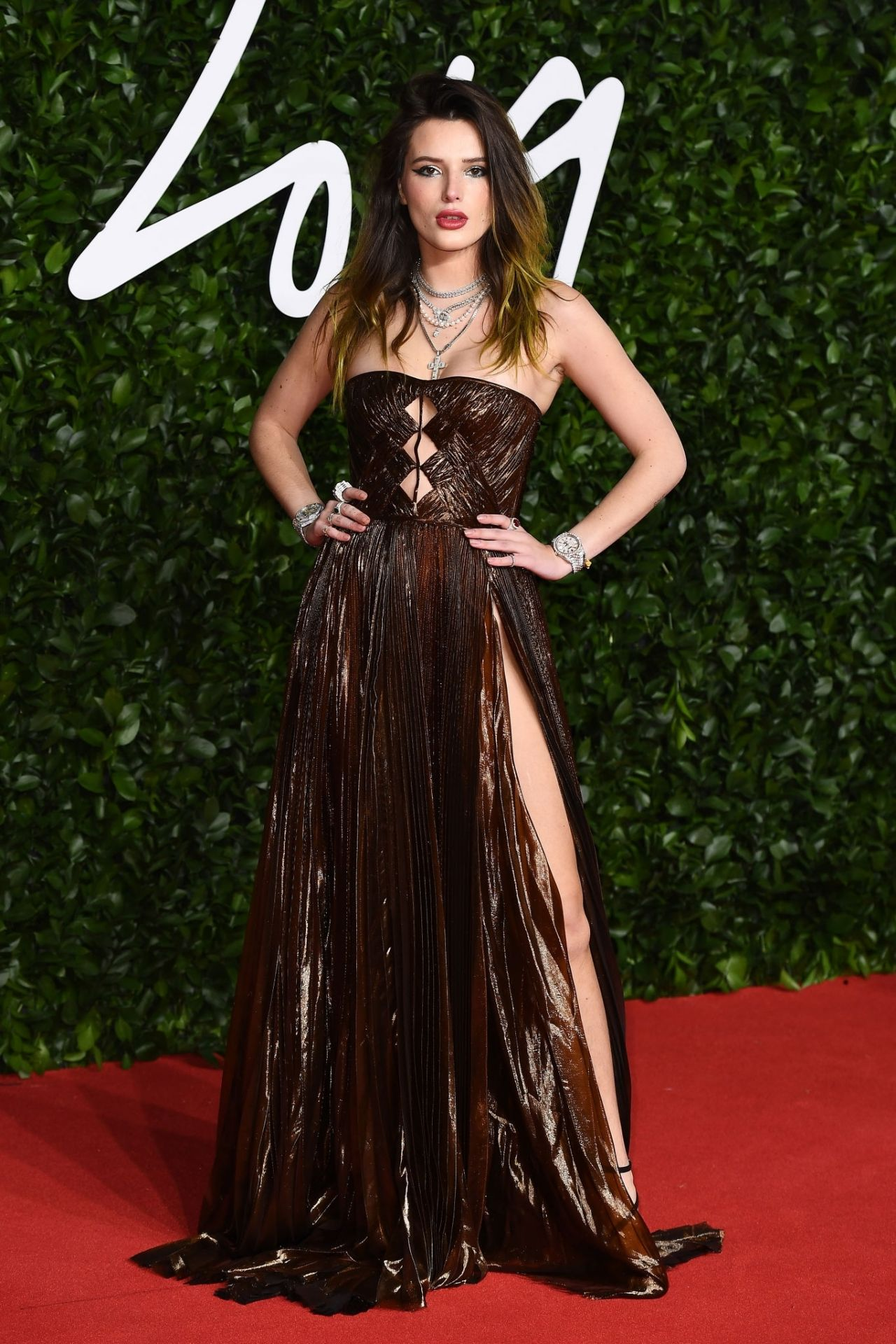 bella-thorne-in-dsquared2-2019-british-fashion-council-awards