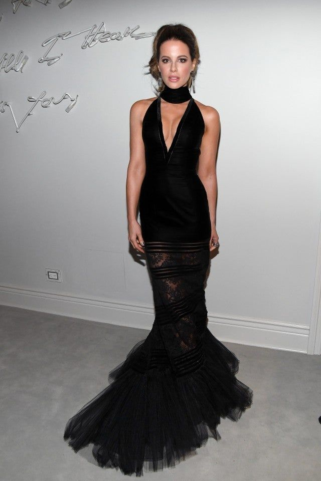 kate-beckinsale-in-georges-chakra-couture-sean-combs-50th-birthday-party