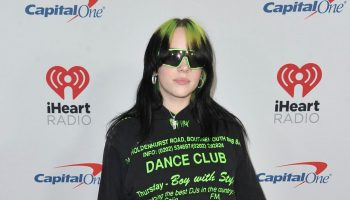 billie-eilish-on-the-redcarpet-2019-jingle-ball-in-los-angeles