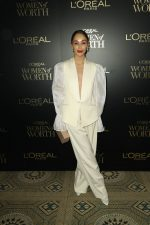 Cara Santana In   Styland  @ 2019 L'Oreal Paris Women Of Worth Awards