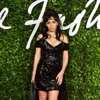 charli-xcx-in-vivienne-westwood-2019-british-the-fashion-awards
