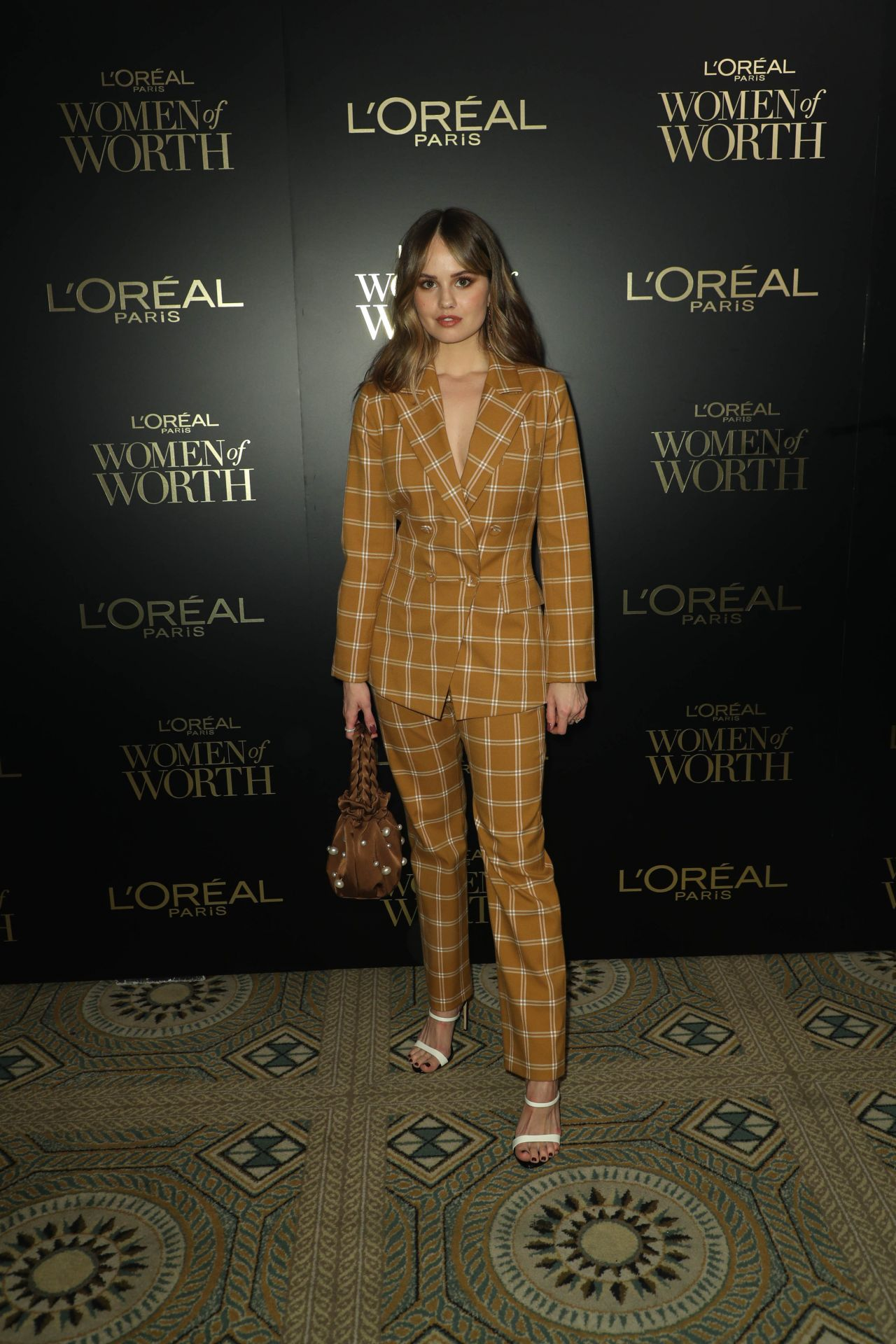 debby-ryan-in-jonathan-simkhai-suit-2019-loreal-paris-women-of-worth-awards